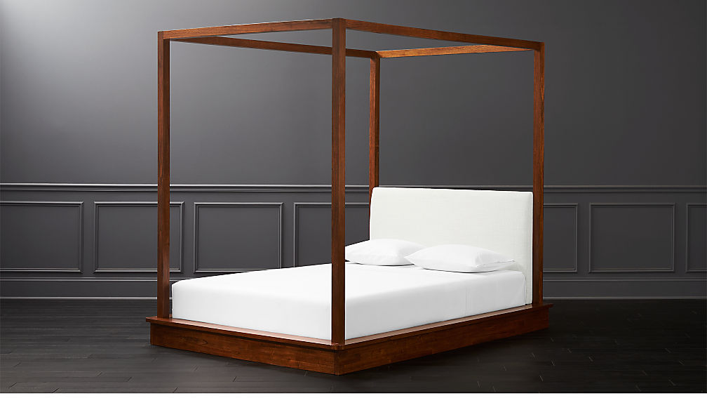 Canopy Bed.Bali Wood Canopy Bed