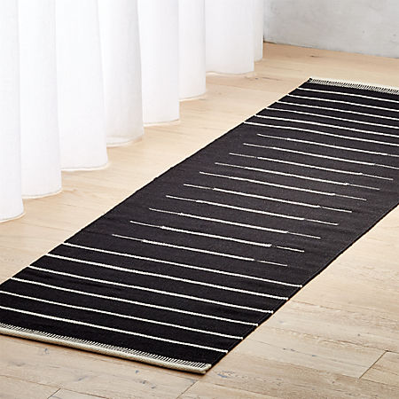 Black With White Stripe Runner 2 5 X8