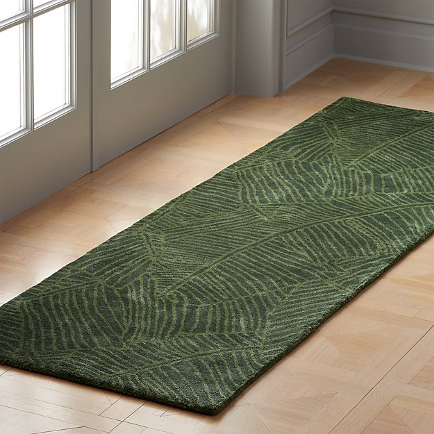 Brooke Green Palm Frond Runner 2.5'x8' - Image 1 of 3