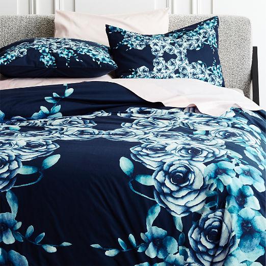 Capulet Floral Bedding