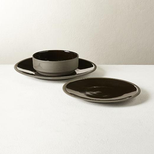 Caviar Dinnerware