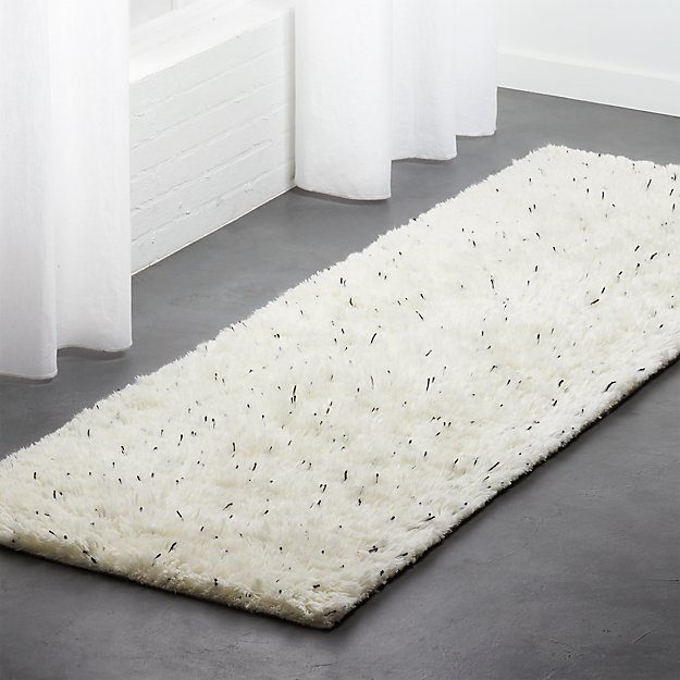 Confetto Black and White Runner 2.5'x8'. - Image 1 of 3