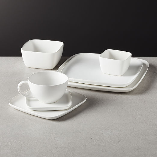 Crisp Matte White Square Dinnerware