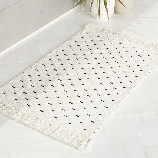 Desma Stitch Black and White Bathmat