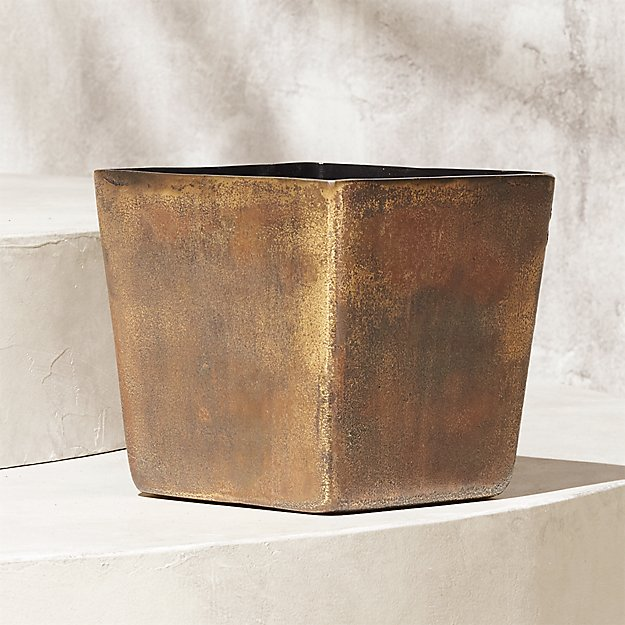 Doro Square Planter - Image 1 of 10