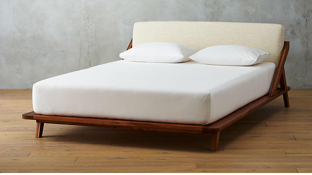 Drommen Acacia Wood Bed