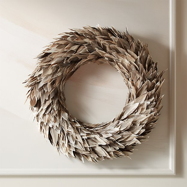 "Feather Grey Wreath 22"" - Image 1 of 4"