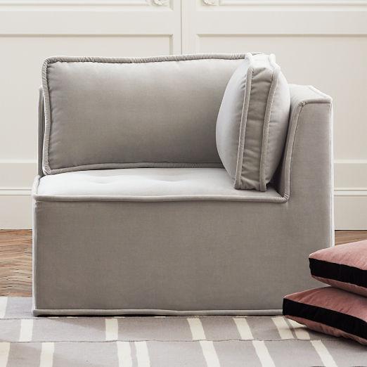 Quattro Sharkskin Light Grey Velvet Tufted Corner Chair