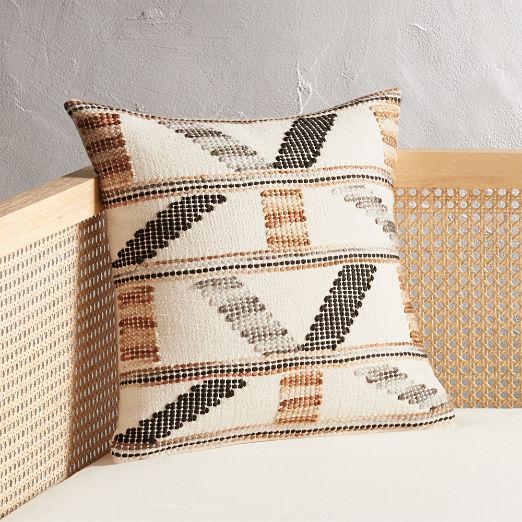 """16"""" Dorado Handwoven Pillow"""