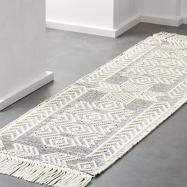 Legend Black and White Pattern Runner 2.5'x8' - Image 1 of 8