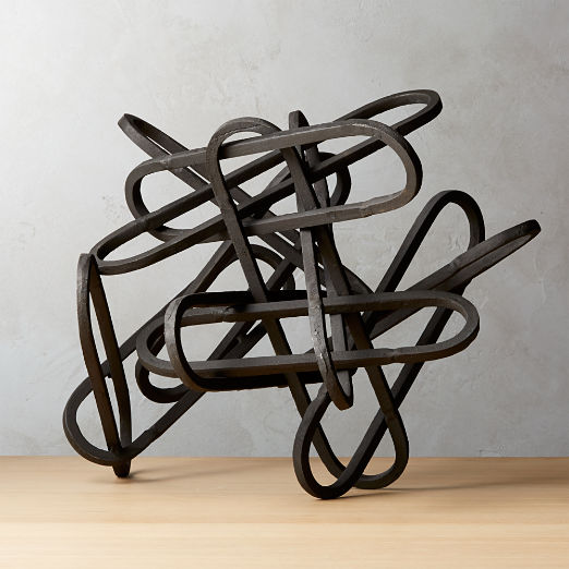 Links Black Sculpture