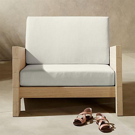 Tremendous Lunes White Outdoor Lounge Chair Cb2 Customarchery Wood Chair Design Ideas Customarcherynet