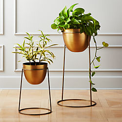 Milo Br Planters On Stands