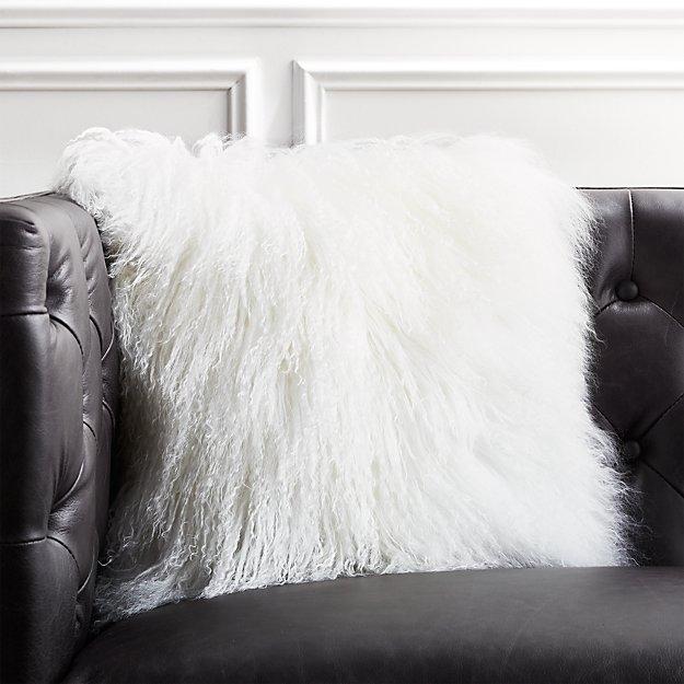"16"" Mongolian Sheepskin White Fur Pillow - Image 1 of 6"