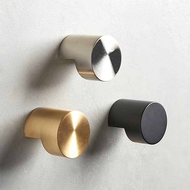 Notch Round Knobs - Image 1 of 8