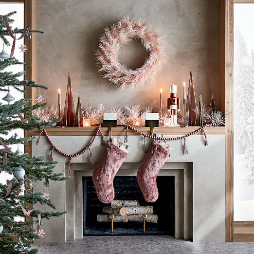 Pink Holiday Mantle Set