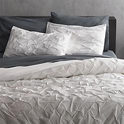 Melyssa White Bedding