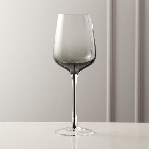 Reina Red Smoke Wine Glass