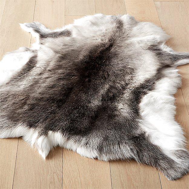 Reindeer Hide Rug 3'x5' - Image 1 of 12