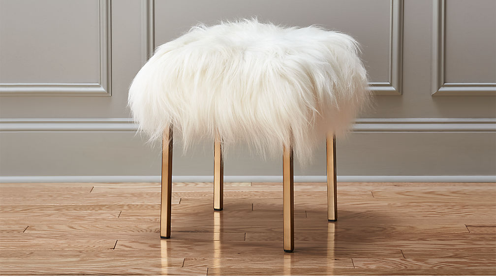 Lovely fuzzy sheepskin stool + Reviews | CB2 OT76