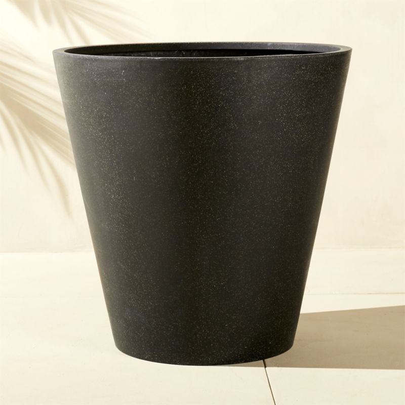 S Polyterrazzo Extra Large Black Planter