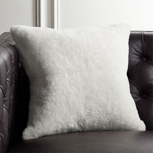 "18"" Shorn Sheepskin White Pillow"