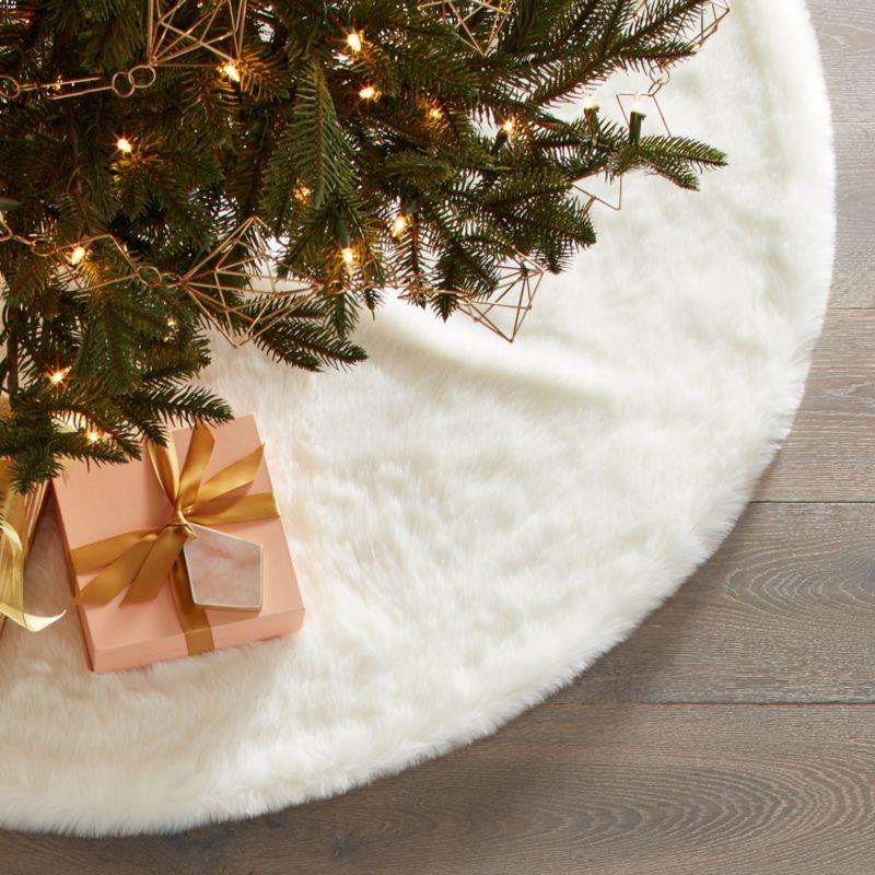 Large White Faux Fur Tree Skirt
