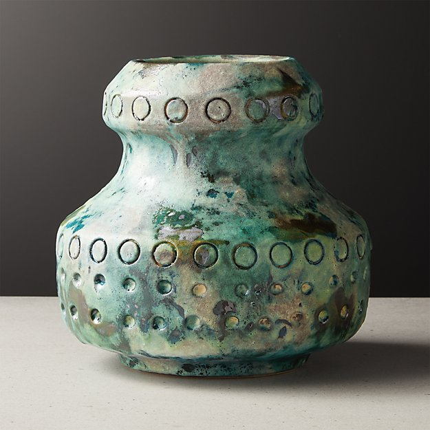 Tirli Vase - Image 1 of 9