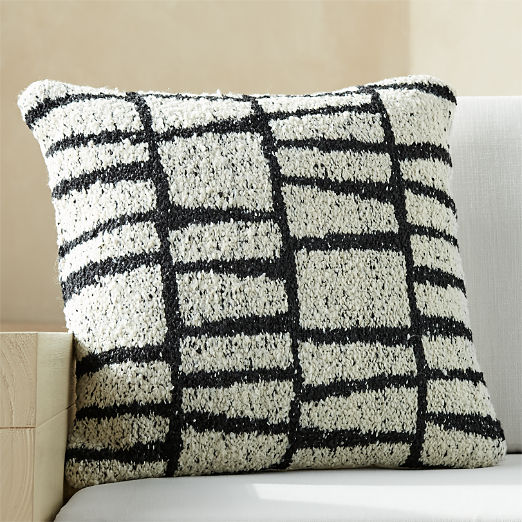 "23""x23"" Tomar Outdoor Black and White Pillow"