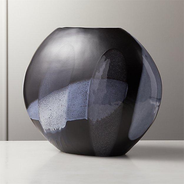 Tres Black Vase - Image 1 of 4