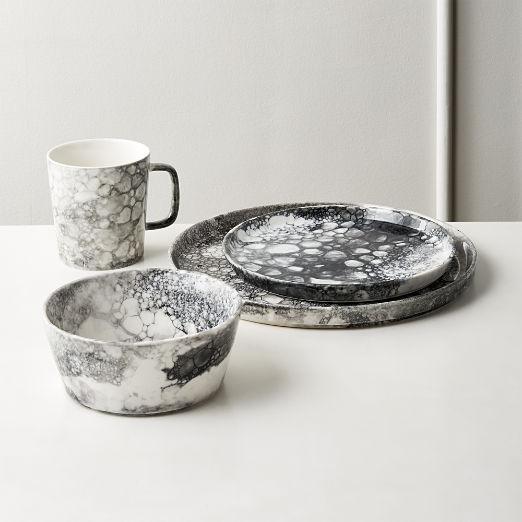Vapor Black and White Dinnerware