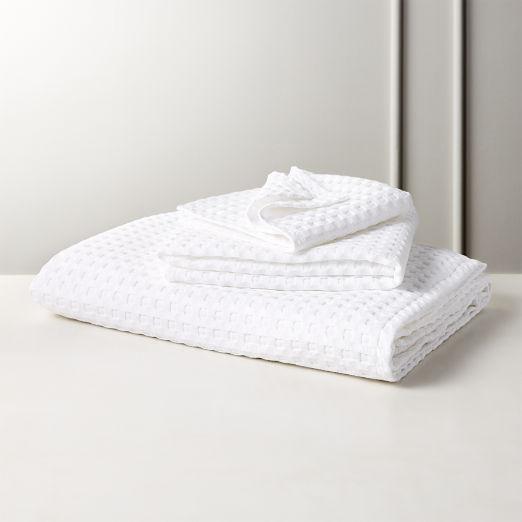 Grand White Waffle Weave Bath Towels